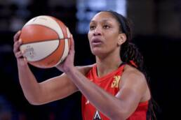 WNBA Playoff Preview: Aces vs Sun - Game 1 - 9/20/2020