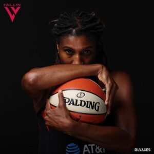 Angel McCoughtry 5