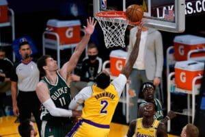 Lakers vs Bucks